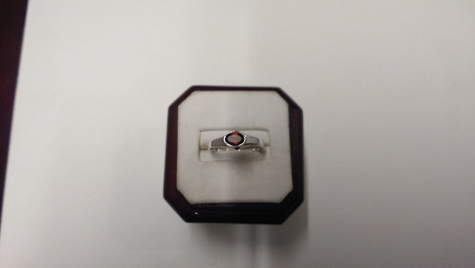 925 Sterling Silver Red CZ Ring