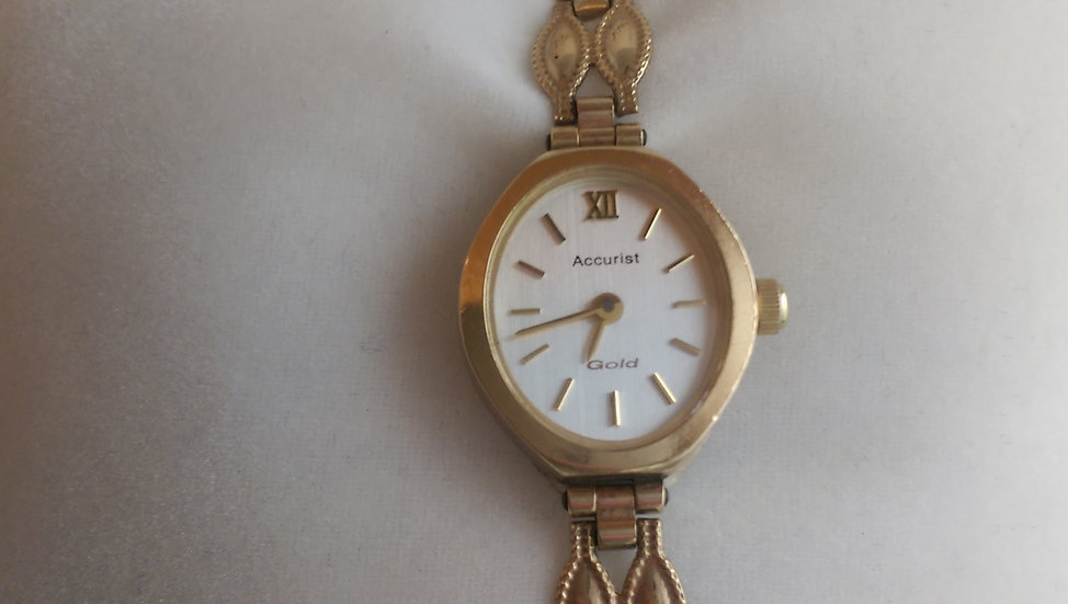 Second Hand Accurist 9ct Yellow Gold Watch