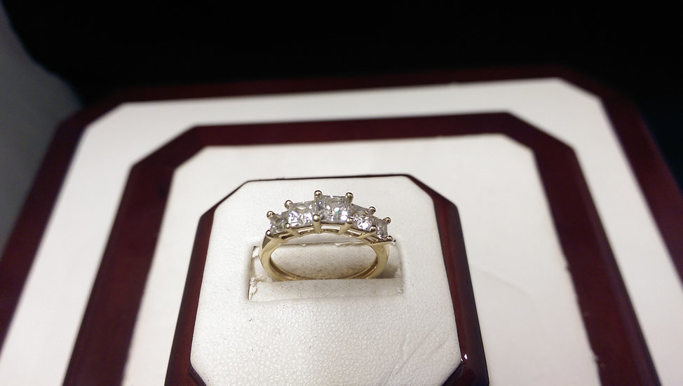 Second Hand 14ct Gold CZ Ring