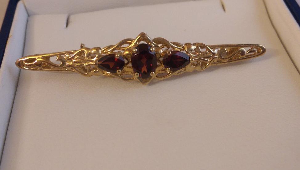 Second Hand 9ct Gold 3 Stone Garnet Brooch