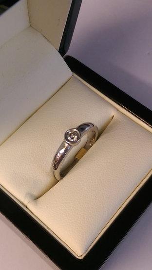 9ct White Gold 0.10pt Single Stone Diamond Ring