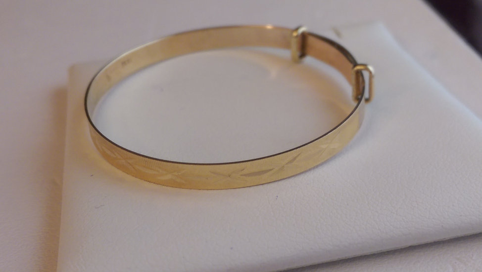 9ct Gold Fancy Baby Bangle