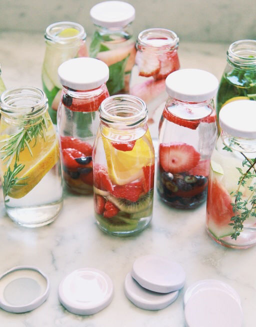 fruit-infused-water-the-beauty-dept