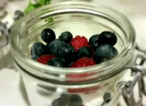 """Parfait de frutos vermelhos e entrevista """"Da nossa cozinha"""""""