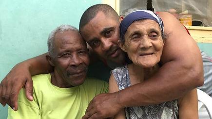 Papa, Sant & Kiki.jpg