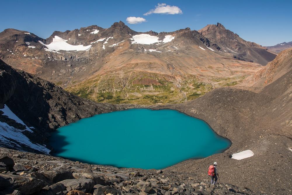 chacaubo-range-turquoise-lake-elessar-chilean-patagonia