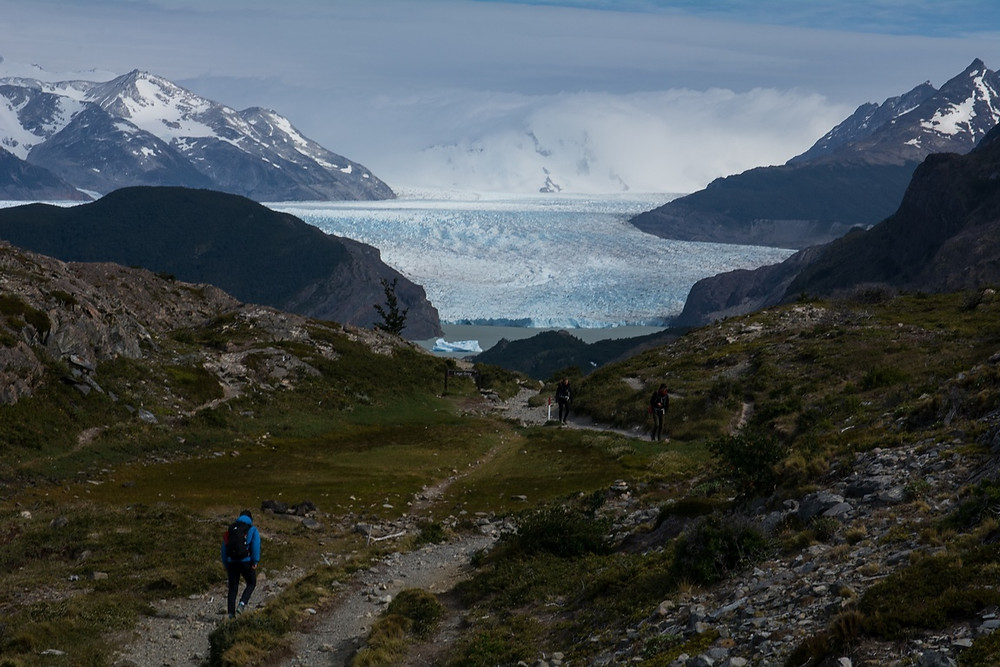 grey-glacier-hiking-the-w-with-a-daypack