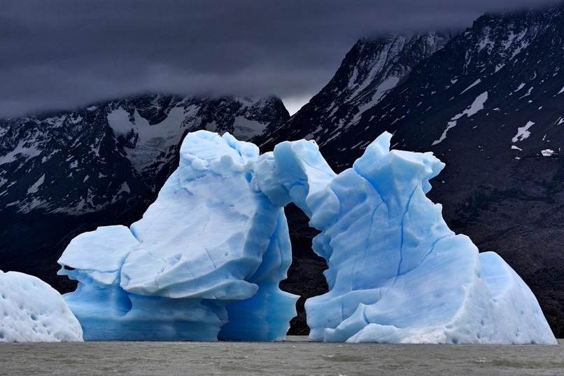 iceberg-photography-lago-grey-torre-del-paine