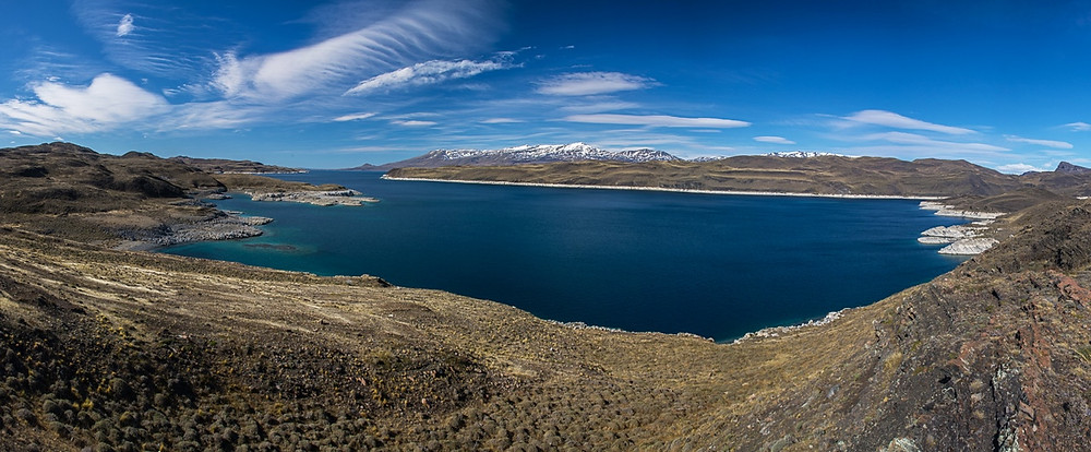 sarmiento-lake-blue-cobalt-water-chilean-patagonia
