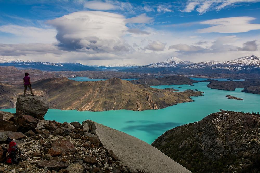 bader-valley-trail-views-of-nordenskjold-lake