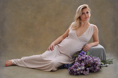 Maternity / Pregnancy Photography London in Studio and Outdoor - BBOS Photography