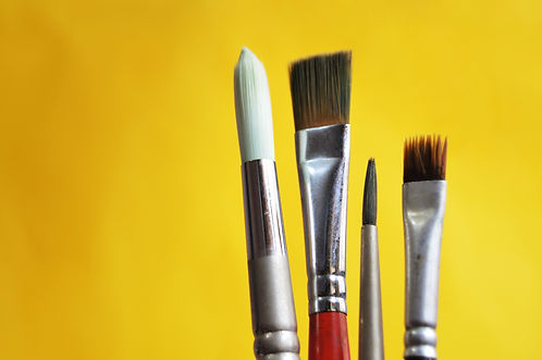 art-materials-bright-brushes-close-up-11