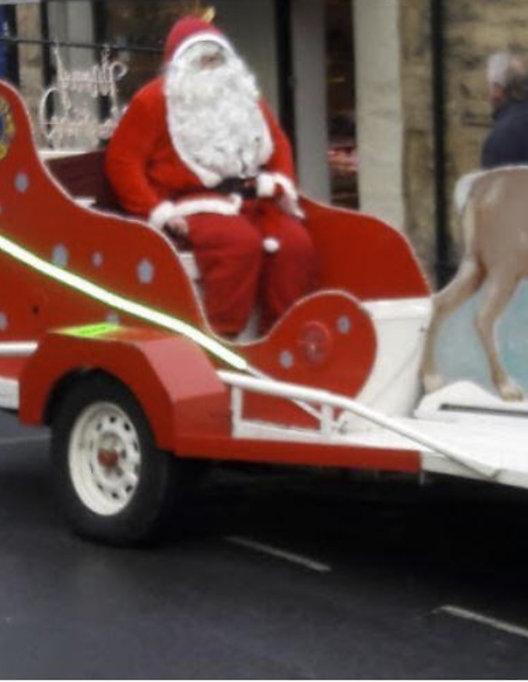 Santa Sleigh Picture.jpg