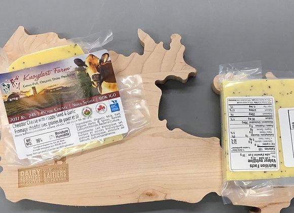 Poppy Seed & Garlic Cheddar - 160g minimum