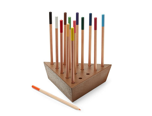 WRITER'S BLOCK GAME INCLUDING 14 PENCILS Brand: MoMA - Museum of Modern Art