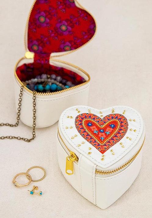 Heart Jewelry Round