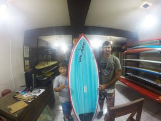Takeshi Oyama patrocinado pela Calibre Surfboards