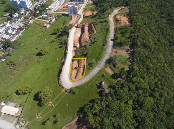 Terrenos e areas a venda