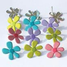 EYELET OUTLET Shaped Brads (12/pkg) - Bright Flower