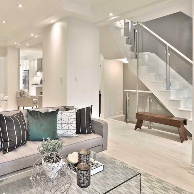 Livingroom Danforth 2