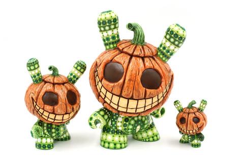 mpgautheron-kidrobot-C2-pumpkin-ensemble
