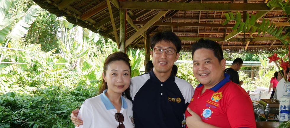trip to Manila day 2-27.jpg