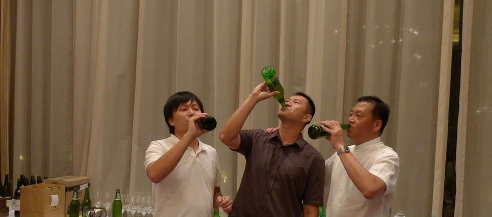 1st Theme night-20(drinking game).jpg