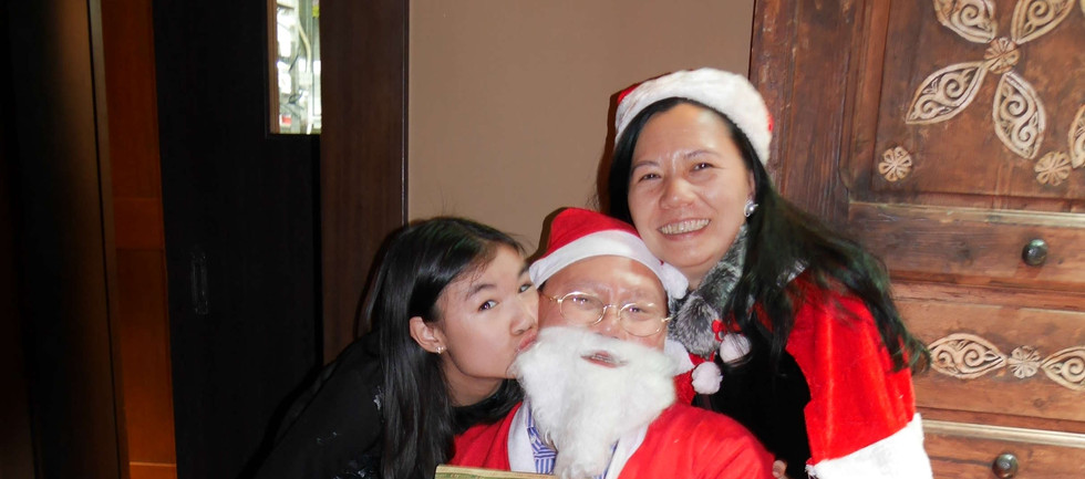 Xmas party-85 Santa.jpg