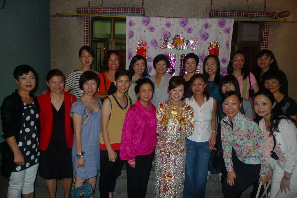 Samantha wedding dinner-19 (ladies).jpg