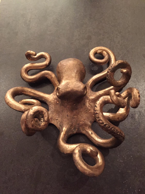 Octopus (bronze)