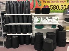 More Pots (plastic, aero)