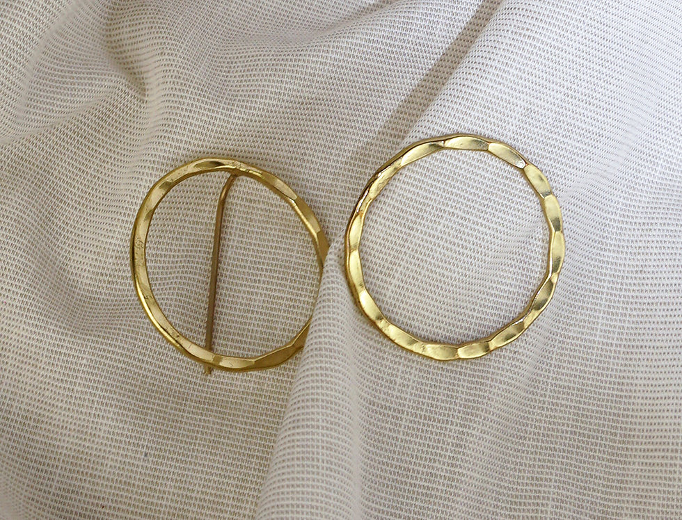 IMAIMA NIKOO circle earring in gold