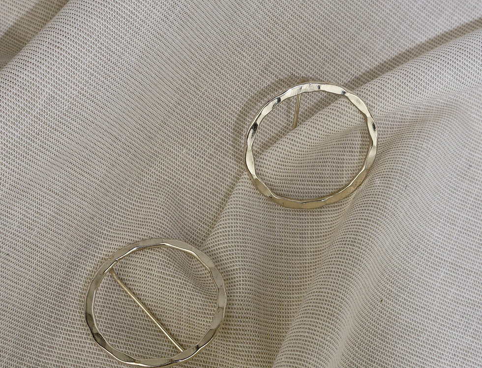 IMAIMA NIKOO circle earring in silver