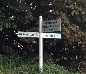 Worton Park near Oxford is just 3/4 mile from Cassington, 1 mile from Yarnton and the Oxford Ring Road