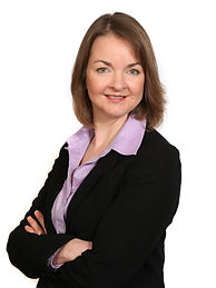 Leigh Edwards Principle of Leigh Edwards Divorce & Family Law Specialist Solicitor near Worton Park Witney.