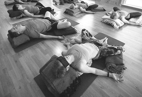Sunrise-Yoga-Studio-Regular-Yoga-30_edit