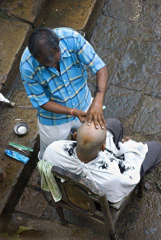 AHP-513-Head Shave at Banganga.jpg
