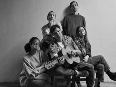 "Dirty Projectors anuncia ""Ring Road"", o último da série ""5EPs"""