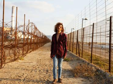 Conheça Loving Backwards: projeto de Tel Aviv acabou de começar, mas já diz muita coisa