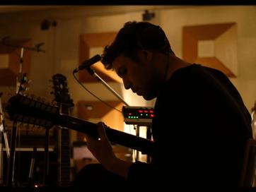 """Fleet Foxes lança clipe para """"Sunblind"""" com cenas da gravação de """"Shore"""""""
