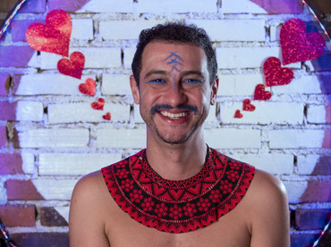 """Leo Fressato faz Carnaval pra si  mesmo em """"Vênus Com Jasmim"""""""