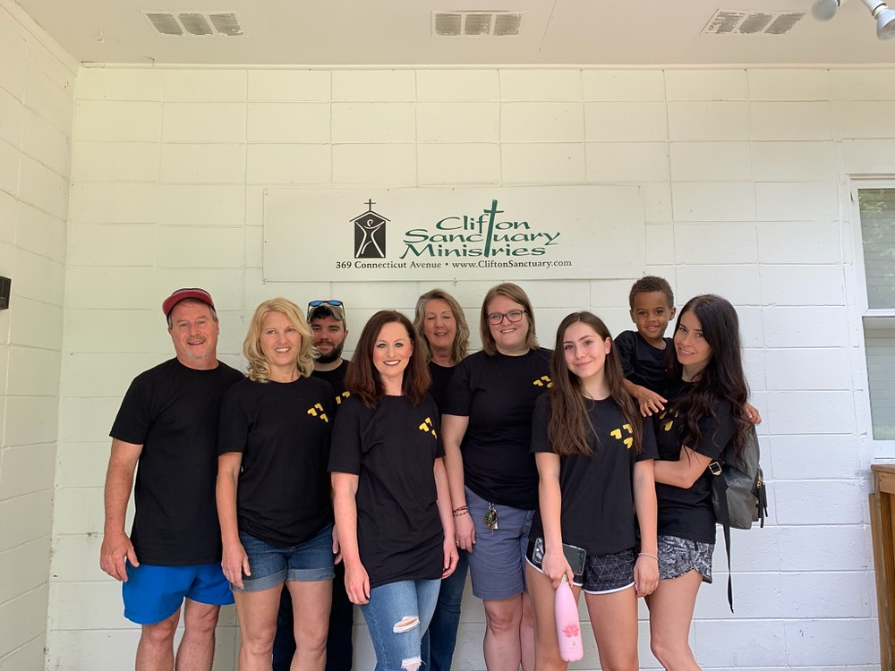 Volunteers from Passion City Church helped at the Clifton Sanctuary Minstries