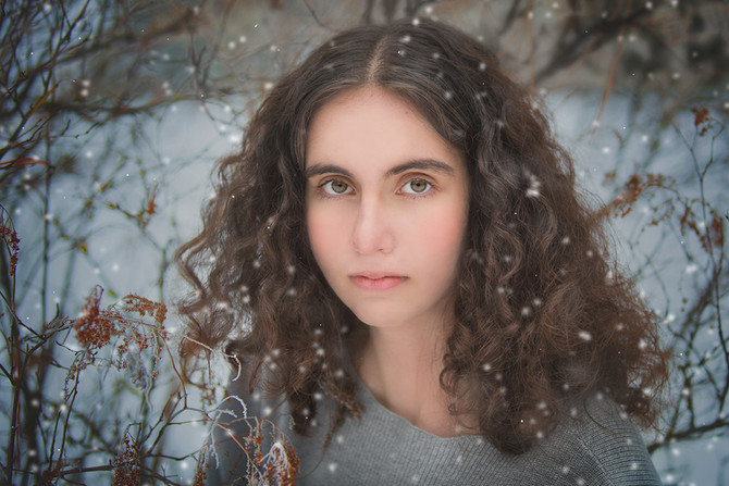 Snow Senior Photosession | Cle Elum Senior Photographer