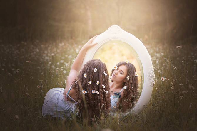 Daisy Fields Fairy Tale Session
