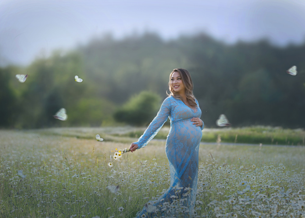 Bellevue Maternity Photographer
