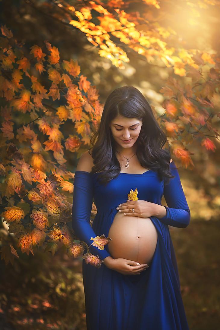 Bellevue Maternity Photographer