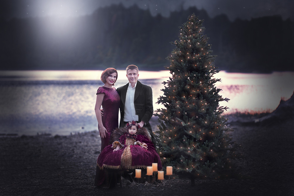 Christmas Photography Session By The Lake