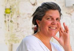 Andrea Sarris