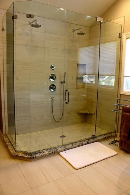 Blue Ash master bathroom