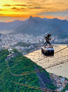 Cable car to Sugar Loaf Mountain